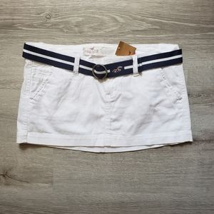 HOLLISTER white mini skirt with belt